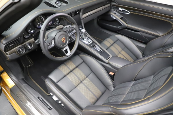 Used 2019 Porsche 911 Turbo S Exclusive for sale $249,900 at Bentley Greenwich in Greenwich CT 06830 18