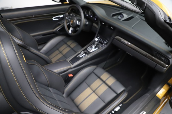 Used 2019 Porsche 911 Turbo S Exclusive for sale $249,900 at Bentley Greenwich in Greenwich CT 06830 25