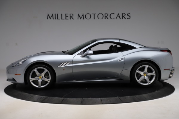 Used 2013 Ferrari California 30 for sale $103,900 at Bentley Greenwich in Greenwich CT 06830 14