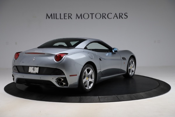 Used 2013 Ferrari California 30 for sale $103,900 at Bentley Greenwich in Greenwich CT 06830 16