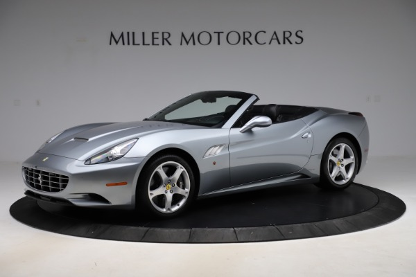 Used 2013 Ferrari California 30 for sale $103,900 at Bentley Greenwich in Greenwich CT 06830 2