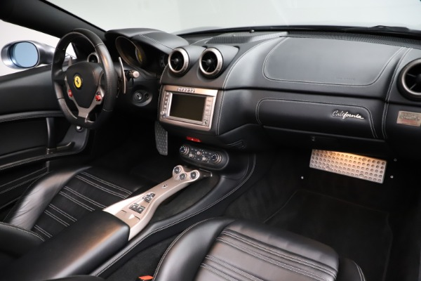 Used 2013 Ferrari California 30 for sale $103,900 at Bentley Greenwich in Greenwich CT 06830 24