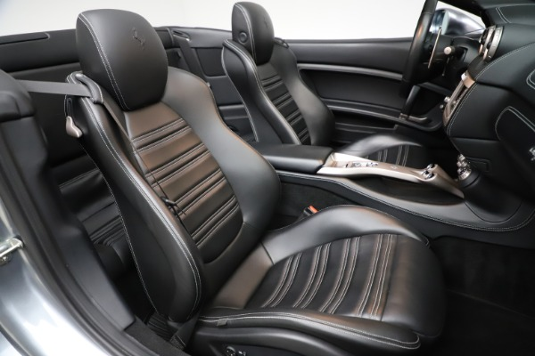 Used 2013 Ferrari California 30 for sale $103,900 at Bentley Greenwich in Greenwich CT 06830 26