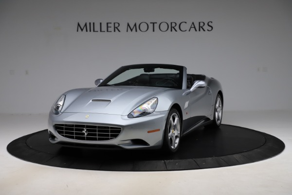 Used 2013 Ferrari California 30 for sale $103,900 at Bentley Greenwich in Greenwich CT 06830 1