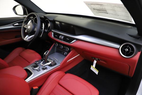 New 2020 Alfa Romeo Stelvio Ti Sport Q4 for sale $53,445 at Bentley Greenwich in Greenwich CT 06830 23