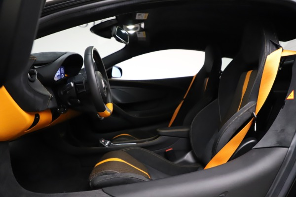 Used 2019 McLaren 570S for sale $177,900 at Bentley Greenwich in Greenwich CT 06830 17