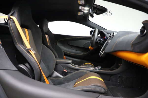 Used 2019 McLaren 570S for sale $177,900 at Bentley Greenwich in Greenwich CT 06830 20