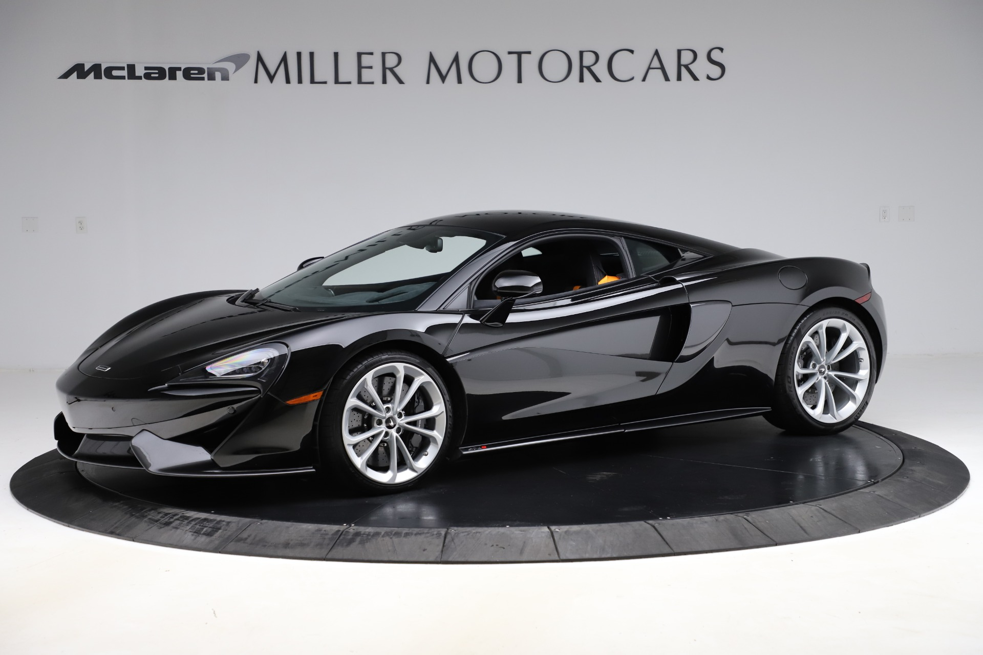 Used 2019 McLaren 570S for sale $177,900 at Bentley Greenwich in Greenwich CT 06830 1