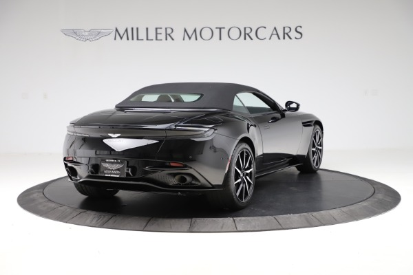 New 2021 Aston Martin DB11 Volante for sale $254,416 at Bentley Greenwich in Greenwich CT 06830 27