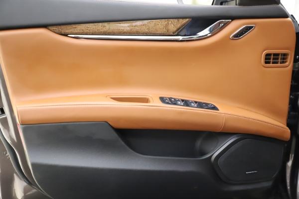 Used 2018 Maserati Quattroporte S Q4 GranLusso for sale $69,900 at Bentley Greenwich in Greenwich CT 06830 17