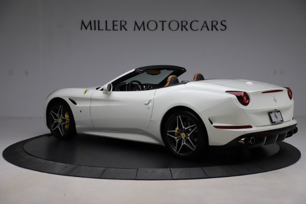 Used 2018 Ferrari California T for sale $169,900 at Bentley Greenwich in Greenwich CT 06830 4