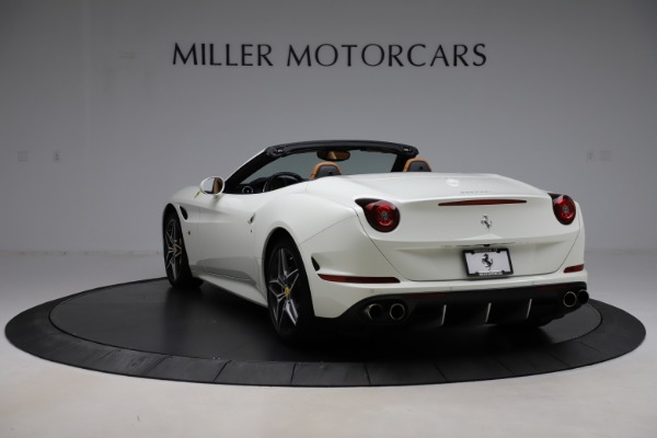 Used 2018 Ferrari California T for sale $169,900 at Bentley Greenwich in Greenwich CT 06830 5