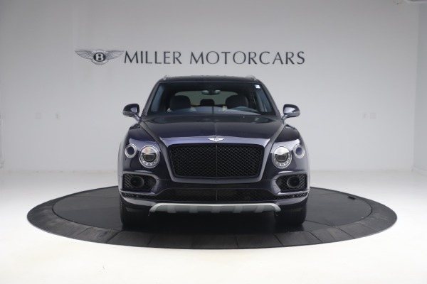 Used 2018 Bentley Bentayga W12 Signature Edition for sale $149,900 at Bentley Greenwich in Greenwich CT 06830 12