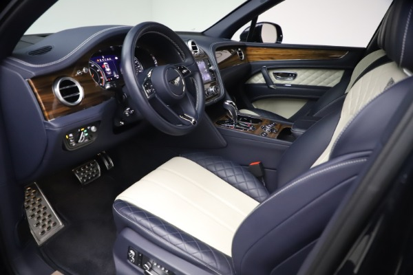 Used 2018 Bentley Bentayga W12 Signature for sale $154,900 at Bentley Greenwich in Greenwich CT 06830 17