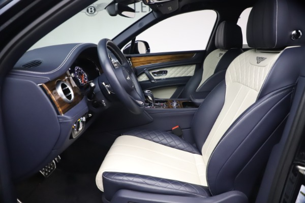 Used 2018 Bentley Bentayga W12 Signature for sale $154,900 at Bentley Greenwich in Greenwich CT 06830 18