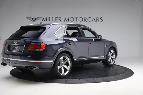 Used 2018 Bentley Bentayga W12 Signature Edition for sale $149,900 at Bentley Greenwich in Greenwich CT 06830 8