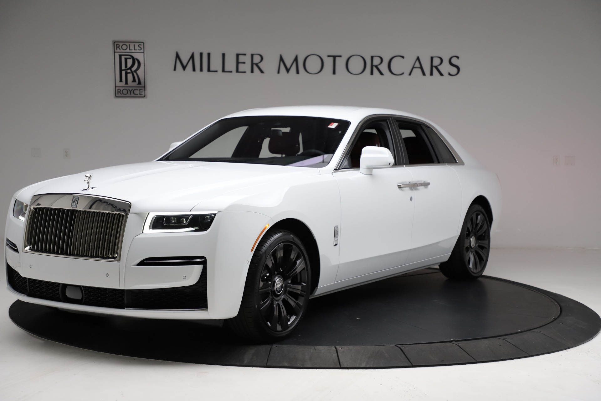 New 2021 Rolls-Royce Ghost for sale $390,400 at Bentley Greenwich in Greenwich CT 06830 1