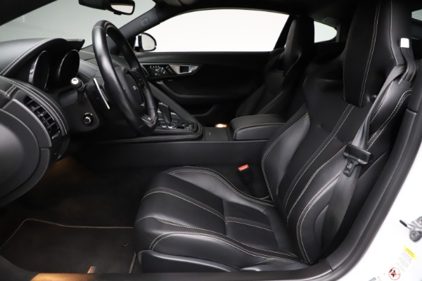 Used 2016 Jaguar F-TYPE R for sale $58,900 at Bentley Greenwich in Greenwich CT 06830 14