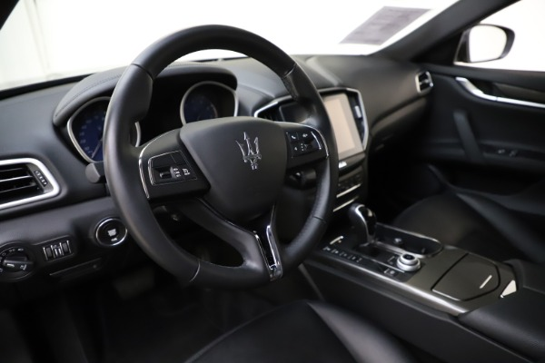 Used 2017 Maserati Ghibli S Q4 for sale $41,900 at Bentley Greenwich in Greenwich CT 06830 13