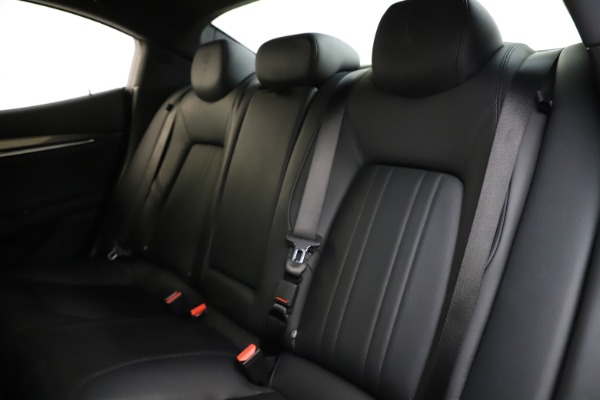 Used 2017 Maserati Ghibli S Q4 for sale $44,900 at Bentley Greenwich in Greenwich CT 06830 18