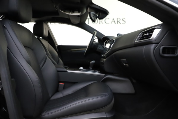 Used 2017 Maserati Ghibli S Q4 for sale $44,900 at Bentley Greenwich in Greenwich CT 06830 23