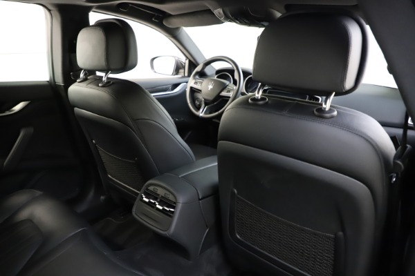 Used 2017 Maserati Ghibli S Q4 for sale $44,900 at Bentley Greenwich in Greenwich CT 06830 28
