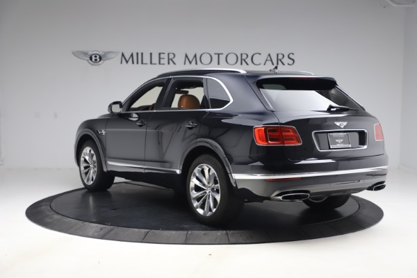 Used 2017 Bentley Bentayga W12 for sale $126,900 at Bentley Greenwich in Greenwich CT 06830 5