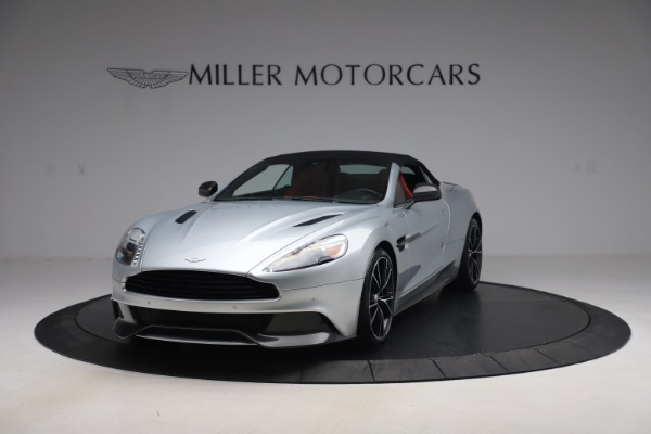 Used 2014 Aston Martin Vanquish Volante for sale $129,900 at Bentley Greenwich in Greenwich CT 06830 14