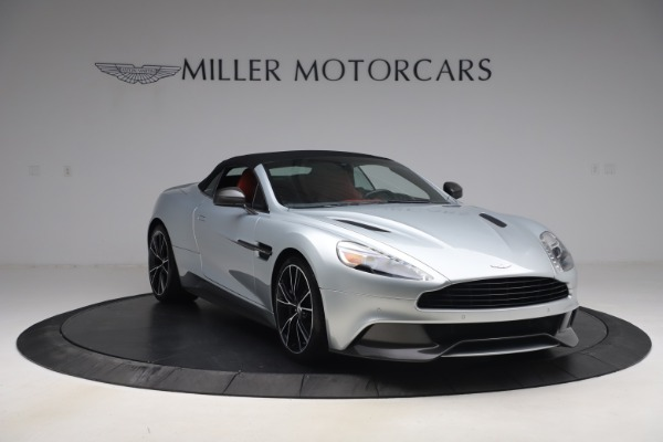 Used 2014 Aston Martin Vanquish Volante for sale $129,900 at Bentley Greenwich in Greenwich CT 06830 19