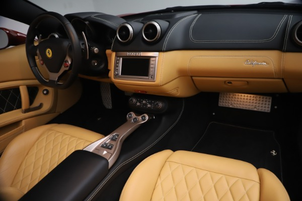 Used 2014 Ferrari California 30 for sale Sold at Bentley Greenwich in Greenwich CT 06830 24