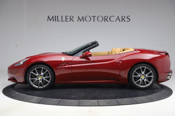 Used 2014 Ferrari California 30 for sale Sold at Bentley Greenwich in Greenwich CT 06830 3