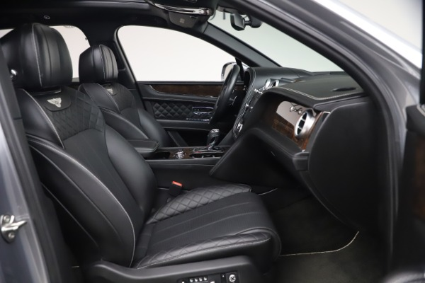 Used 2018 Bentley Bentayga W12 Signature for sale $154,900 at Bentley Greenwich in Greenwich CT 06830 27