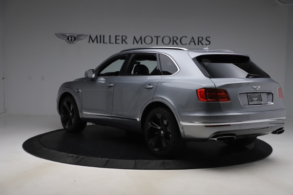 Used 2018 Bentley Bentayga W12 Signature for sale $154,900 at Bentley Greenwich in Greenwich CT 06830 5