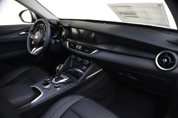 New 2020 Alfa Romeo Stelvio Q4 for sale Sold at Bentley Greenwich in Greenwich CT 06830 24