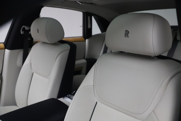 Used 2018 Rolls-Royce Ghost for sale $249,900 at Bentley Greenwich in Greenwich CT 06830 14