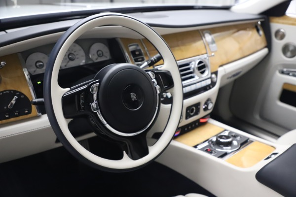 Used 2018 Rolls-Royce Ghost for sale $249,900 at Bentley Greenwich in Greenwich CT 06830 16