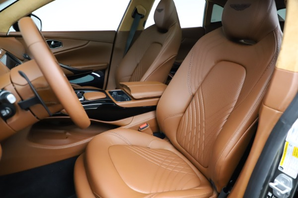New 2021 Aston Martin DBX for sale $226,136 at Bentley Greenwich in Greenwich CT 06830 14
