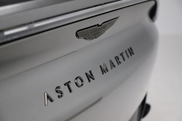 New 2021 Aston Martin DBX for sale $226,136 at Bentley Greenwich in Greenwich CT 06830 22