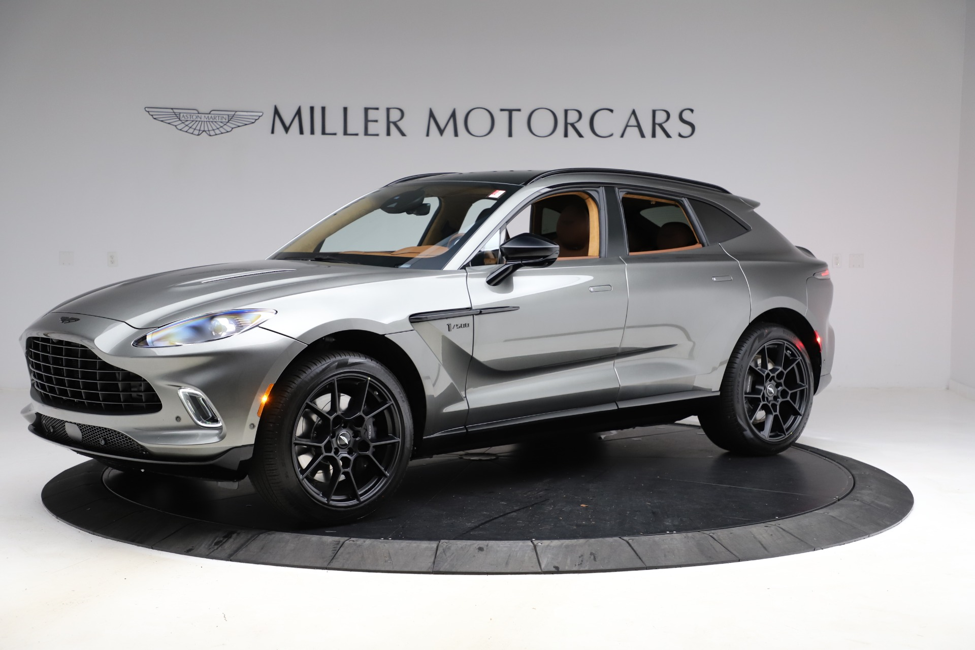 New 2021 Aston Martin DBX for sale $226,136 at Bentley Greenwich in Greenwich CT 06830 1