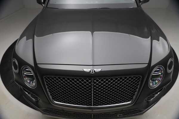 Used 2018 Bentley Bentayga W12 for sale $156,900 at Bentley Greenwich in Greenwich CT 06830 15