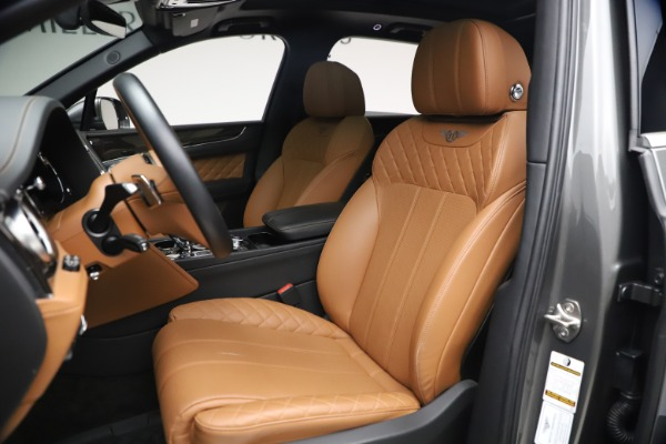 Used 2018 Bentley Bentayga W12 for sale $156,900 at Bentley Greenwich in Greenwich CT 06830 21