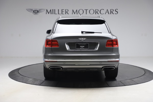 Used 2018 Bentley Bentayga W12 for sale $156,900 at Bentley Greenwich in Greenwich CT 06830 6