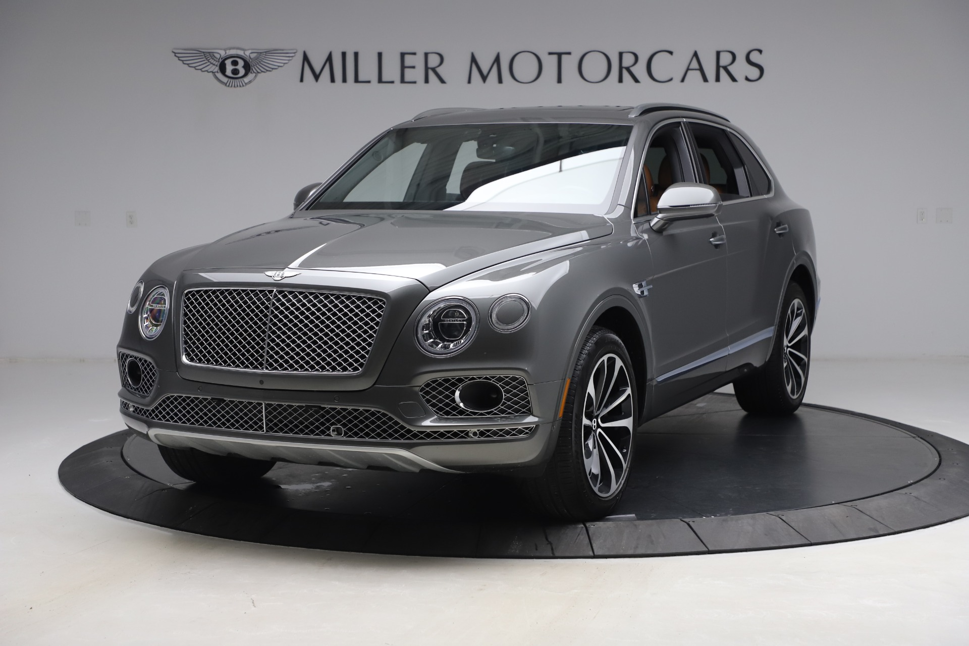 Used 2018 Bentley Bentayga W12 for sale $156,900 at Bentley Greenwich in Greenwich CT 06830 1
