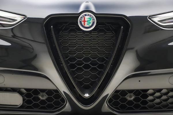 New 2020 Alfa Romeo Stelvio Ti Sport Q4 for sale Sold at Bentley Greenwich in Greenwich CT 06830 27