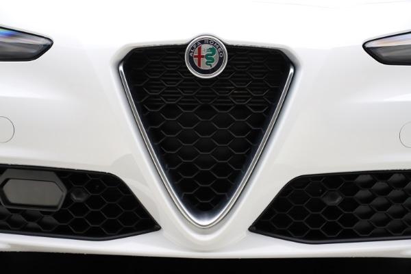 New 2021 Alfa Romeo Giulia Q4 for sale Sold at Bentley Greenwich in Greenwich CT 06830 12