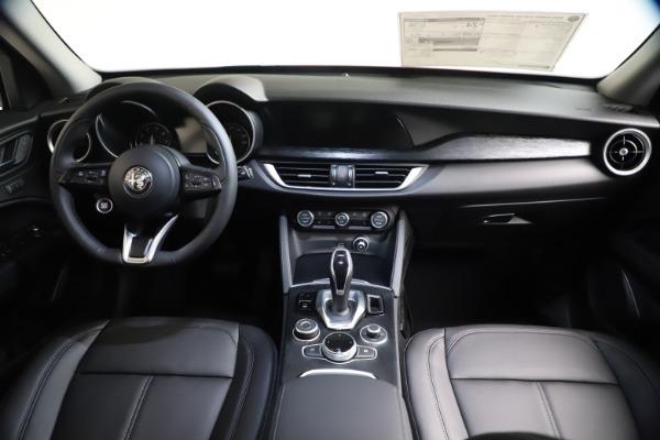 New 2021 Alfa Romeo Stelvio Q4 for sale $47,735 at Bentley Greenwich in Greenwich CT 06830 16