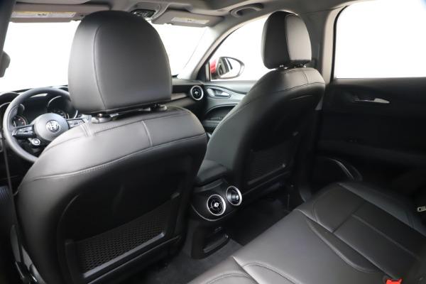 New 2021 Alfa Romeo Stelvio Q4 for sale $47,735 at Bentley Greenwich in Greenwich CT 06830 20