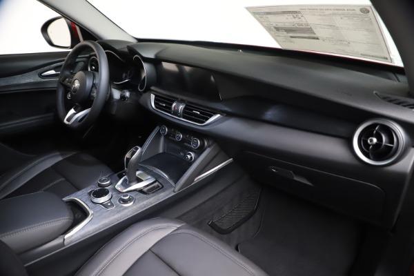 New 2021 Alfa Romeo Stelvio Q4 for sale $47,735 at Bentley Greenwich in Greenwich CT 06830 23