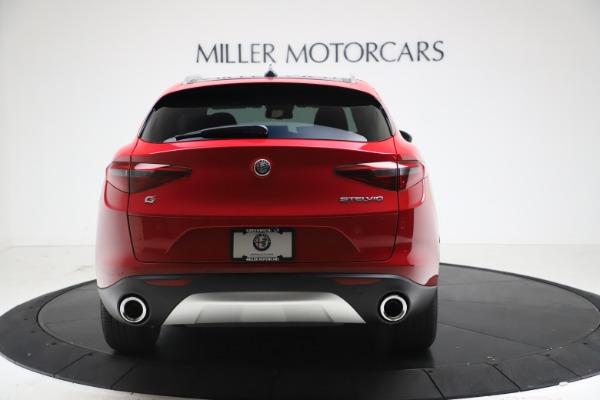 New 2021 Alfa Romeo Stelvio Q4 for sale $47,735 at Bentley Greenwich in Greenwich CT 06830 6