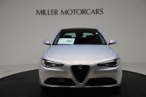 New 2021 Alfa Romeo Giulia Q4 for sale $46,490 at Bentley Greenwich in Greenwich CT 06830 12